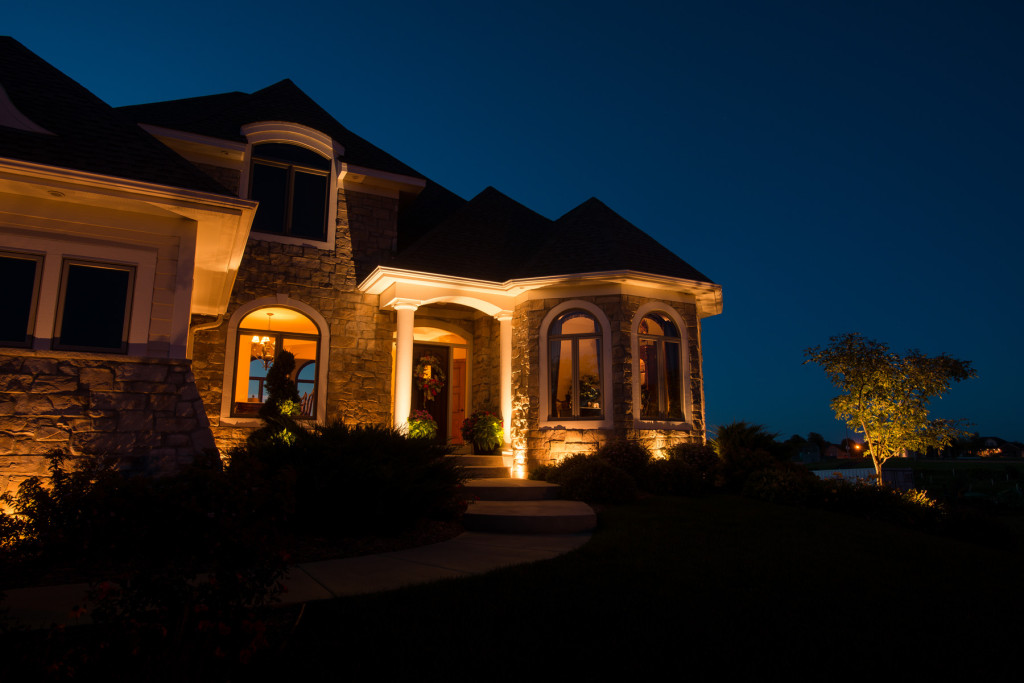 Skipit landscape lighting we are so confident that you will love our lighting design that we will set up a demonstration kit at your house for 3 days free of charge aloadofball Gallery